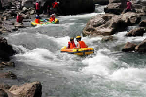 Half Day Tonglu Rafting Experience Tour from Hangzhou