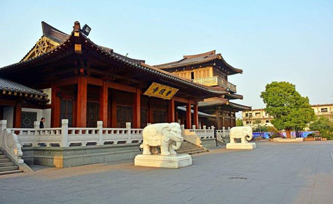 hangzhou_xiangji_temple.jpg