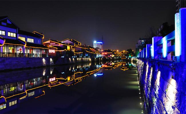 Hangzhou_grand_canal_night_cruise_tour_01.jpg
